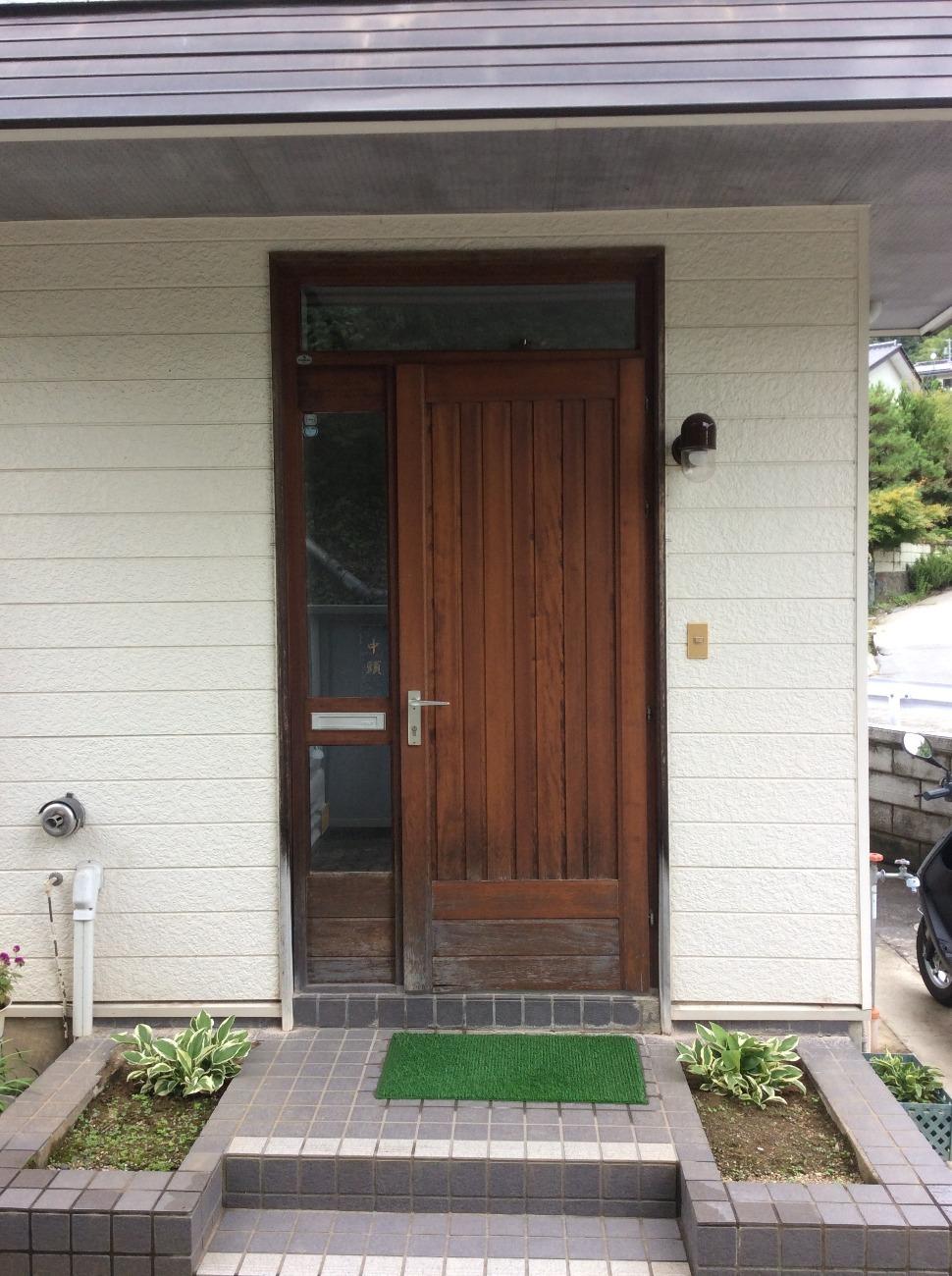 木製玄関扉 →→→ LIXIL ジエスタ2